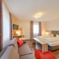 Zimmer im Hotel Hainzinger in Einsbach